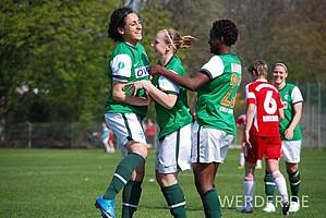 Die Anfänge: Am 18.04.2010 erzielte Cindy König beim Heimspiel gegen den Magdeburger FFC ihren ersten Pflichtspieltreffer für die 1. Frauen.