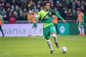 """Natürlich darf auch ein """"Theo""""-Einsatz bei 120 Jahren Werder Bremen nicht fehlen (Foto: nordphoto)."""