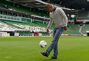 """Seine Fertigkeiten am Ball stellte der Tscheche schon früh in Werders """"Wohnzimmer"""" unter Beweis (Foto: nordphoto)."""