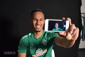 Immer im Blickpunkt: Der Tscheche ist nach Philipp Bargfrede der dienstälteste Werder-Spieler im Kader (Foto: nordphoto).